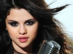 Foto Wallpaper Selena Gomez 2